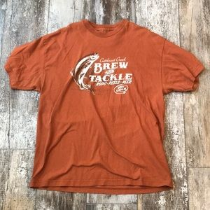 BREW AND TACKLE BURNT ORANGE TEE SHIRT SIZE XL MEN